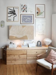Tour the Hygge Home of Swantje Hinrichsen - . Tour the Hygge Home of Swantje Hinrichsen - Style Minimalistic Room, Casa Hygge, Home Decor Styles, Diy Home Decor, Living Room Decor, Living Spaces, Diy Casa, Interior Minimalista, Minimalist Home