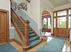 Stunning hallway.  Beautiful family home located in Edinburgh's Morningside.  Available to rent on Citylets