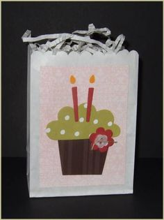 Big Bold Cupcake Treat Bag by catwingtwing - Cards and Paper Crafts at Splitcoaststampers