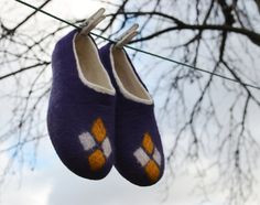 Woman house shoes Felted wool slippers  handmade felt by Juperi, $78.00