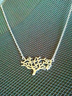 pretty tree necklace