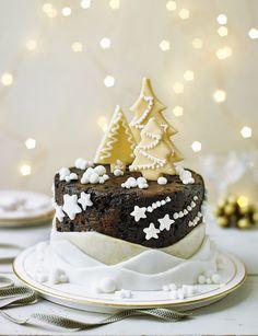 Christmas tree forest cake decoration