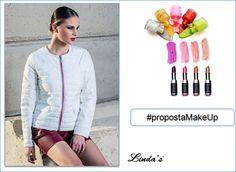 Oggi vi proponiamo questo fantastico piumino ultra light con profili lurex in argento. Abbiamo pensato di abbinare a questo capo una tonalità di smalti e rossetti per un look strong e fashion!  #musthave #modadonna #makeup #piumini #lindas #stileitaliano #smalto #rossetto #rosa #fucsia #bianco #verde #strong #look #fashion #collezioneprimaveraestate2016