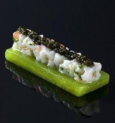 Gelée de pomme verte, tartare de noix de Saint-Jacques et caviar