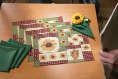 Designer Placemats and Napkins | Sunflower Placemats and Napkins Table Linens