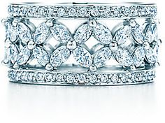 Tiffany VictoriaTM:Band Ring... If I ever get married this is my wedding band.