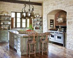 Mona Thompson ~ At Home in Arkansas Sigo pensando que se necesita espacio justo junto a la estufa para sacar y colocar ollas al lado...pero se ve bonito!