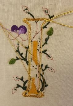 Dark Colors, Different Colors, Colours, Effective Teaching, Order Of The Day, Goldwork, Easy Stitch, 26 Letters, Cut Work