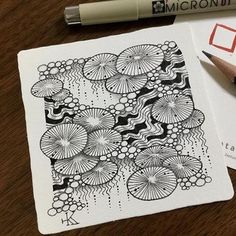 A background like this would look nice with a layer of ground medium on top for a cloudy blue/green and Koi on top of that. Zentangle Drawings, Doodles Zentangles, Doodle Drawings, Tangle Doodle, Zen Doodle, Doodle Art, Zantangle Art, Zen Art, Doodle Patterns