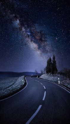 Wallpaper Iphone - Starry Night Road Galaxy Stars iPhone Wallpaper - iPhone Wallpapers - Wallpaper World Night Sky Wallpaper, Wallpaper Space, Scenery Wallpaper, Beautiful Nature Wallpaper, Beautiful Landscapes, Beautiful Roads, Beautiful Sky, Beautiful Scenery, Beautiful Images