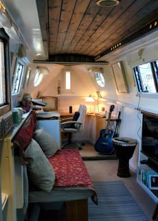 Boats for sale, used boats, new boat sales. Free photo ads - Narrow Boats - Apollo Duck
