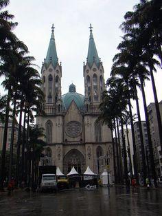 Catedral Metropolitana de São Paulo (Metropolitan Cathedral of Sao Paulo), Brazil