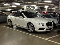 In Manchester again, a Bentley Continental GTC, this one withthe V8 engine, not the W12. the V8 is a 4.0l engine with 507bhp....