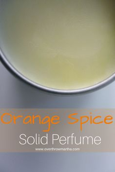 How to make an easy #DIY solid perfume. Such an simple #DIYbeauty recipe!