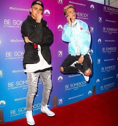 They are at the premier of Bw Somebody! MATTHEW ESPINOSA'S NEW MOVIE! 💗💗💗💗💗