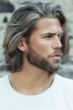 Layered haircuts for men are truly timeless - see bangs, wavy hairdos, messy short hair, messy long hair, and asymmetrical cuts and lots more layers inside! Medium Length Hair Men, Medium Hair Cuts, Long Hair Cuts, Medium Hair Styles, Curly Hair Styles, Mens Hair Medium, Mens Medium Length Hairstyles, Ombré Hair, Curly Hair Men