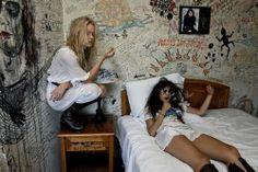 Smoking in the Bedroom. Aesthetic Rooms, Aesthetic Grunge, My New Room, My Room, Grunge Bedroom, Punk Bedroom, Dream Bedroom, Teenage Dirtbag, Bedroom Inspo