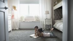64 Ideas bedroom rug ideas wood floor for 2019 Bathroom Runner Rug, Bathroom Rugs, Bathroom Bath, Pink Curtains, Pink Bedding, Shabby Chic Bedrooms, Trendy Bedroom, Bedroom Furniture Makeover, Diy Bedroom Decor