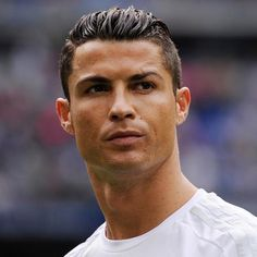 The 100 best footballers in the world 2015 – interactive Cristiano Ronaldo Juventus, Cr7 Ronaldo, Ronaldo Football, Neymar, Portugal National Football Team, Soccer Players, Soccer Sports, Soccer Tips, Nike Soccer