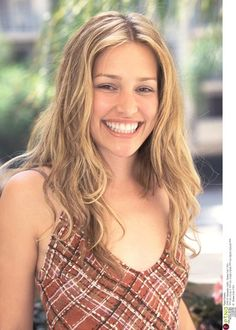 Piper Perabo - born in Dallas, Tx - has played in Coyote Ugly, Covert Affairs, and several other shows