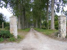 French gate posts