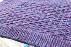 Ravelry: Lattice One Skein Cowl pattern by Lil Naylor