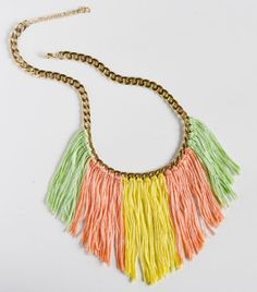 Create a colorful fringed necklace for Spring! via Spark & Chemistry --OMGE! I adore this fringe necklace diy! in pastels too ; Jewelry Crafts, Jewelry Art, Handmade Jewelry, Jewlery, Jewelry Ideas, Fringe Necklace, Diy Necklace, Necklaces, Necklace Ideas