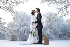 All brides dream about finding the ideal wedding ceremony, however for this they need the perfect wedding dress, with the bridesmaid's dresses enhancing the brides dress. These are a few suggestions on wedding dresses. Wedding Couples, Boho Wedding, Destination Wedding, Wedding Planning, Wedding Day, Wedding Tips, Winter Wedding Colors, Winter Wedding Inspiration, Winter Wedding Receptions