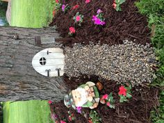 My little Gnome Home project!! ha ha..cute! I'll do this if I ever have a big tree again!