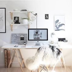 Workspace dreaming to get you back into this week! #longweekendsaretough # @thedesignchaser by afternoonpickmeup
