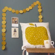 Housse Pomme étoile moutarde