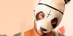 """Das Musiklabel Chimperator hat sich etwas ganz Besonderes ausgedacht, um die Mini-EP zu """"Bad Chick"""" von Sänger Cro zu promoten: Eine 3D-Figur des Rappers.  #doob3d #doobgroup    Produziert wird die Mini-Version von Cro von dem Düsseldorfer Unt..."""