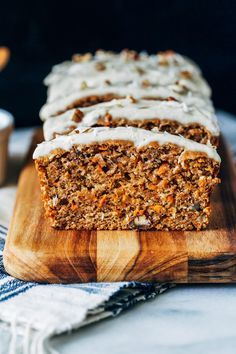 Vegan banana carrot bread with cashew cream cheese icing | Pinned to Nutrition Stripped | Sweet + Dessert
