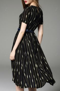 Chain Pattern Belted Dress