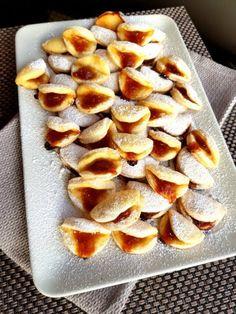 Hungarian Desserts, Hungarian Recipes, Hungarian Food, Cookie Desserts, Chocolate Desserts, Cake Recipes, Dessert Recipes, Good Food, Yummy Food