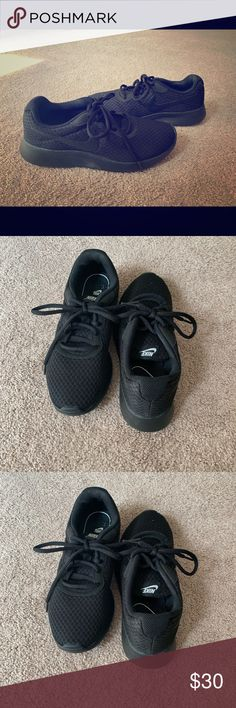 Black on Black Nike shoes Worn once! Black and black Nike gym shoes Nike Shoes Athletic Shoes Black Nike Shoes, Black Nikes, All Black Sneakers, Athletic Shoes, Nike Women, Adidas Sneakers, Gym, Best Deals, Closet