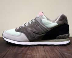 sports shoes 0e0cb b6ad7 Considering that LAB Taipei is owned and operated by the crew at streetwear  brand DeMarcoLab, it s no wonder that the retailer s custom New Balance --