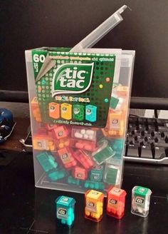 This is a great gift Idea, it is an official Giant Tic Tac Box with Mini Tic Tac boxes inside. Miniature Crafts, Miniature Food, Accessoires Lps, Kreative Desserts, Mini Craft, Tiny Food, Cool Inventions, Miniture Things, Cute Food