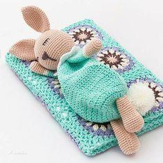 Crochet Rabbit Free Pattern, Crochet Lovey, Crochet Dolls Free Patterns, Amigurumi Patterns, Knitted Washcloth Patterns, Sleeping Bunny, Crochet Patron, Crochet Disney, Crochet Dragon