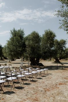 The rustic wedding date trend is always going hard, so every day I see bigger un. The rustic wedding date trend is always going hard, so every day I see bigger unique projects and inspiration floating a. Tuscany Wedding Venue, Modern Wedding Venue, Wedding Reception Decorations, Rustic Wedding, Wedding Decor, Wedding Venues, Italy Wedding, Wedding Ceremony, Wedding Ideas