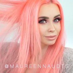 Scene hair curly _ szenenhaar lockig _ cheveux bouclés de scène _ pelo de escena rizado _ scene h… in 2020 Scene Hair Colors, Peach Hair Colors, Coral Hair, Hair Color Purple, Pastel Hair, Cool Hair Color, Green Hair, Pastel Pink, Peachy Pink Hair