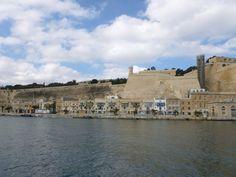 A place you don't need to visit when you are on Malta ;-) Urlaub auf Malta: Valletta Waterfront Tourist Trap