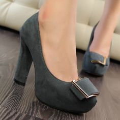 Lovely Metal Button Gray Suede Round Closed Toe Chunky High Heel Basic Pumps