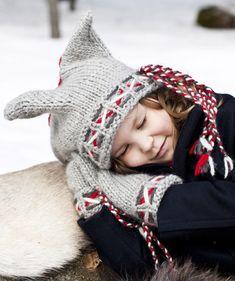 Lasten lapaset x 7 – katso ohjeet ja äänestä kivoimmat! - Kotiliesi.fi Winter Hats, Crochet Hats, Fashion, Knitting Hats, Moda, Fashion Styles, Fasion