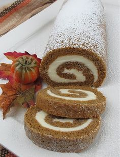 10 Most Misleading Foods That We Imagined Were Being Nutritious! Perfect Pumpkin Roll With Recipe And Step By Step Instructions. Gotta Try It Thanksgiving Recipes, Fall Recipes, Sweet Recipes, Holiday Recipes, Seasonal Recipe, Holiday Ideas, Pumpkin Deserts, Pumpkin Recipes, Pumpkin Pies