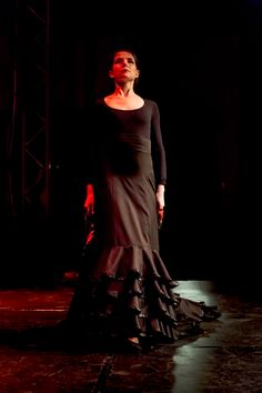 dancer Flor del Flamenco Moscow dance company bolero.su #flordelflamenco #flamenco #flamencodancer