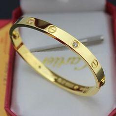 1c16f6f3807 Best Cartier Love Bracelet yellow gold 4 diamonds screwdriver