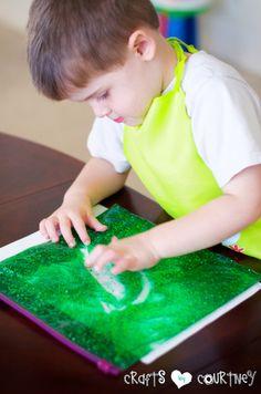 Create a Colorful Glitter and Gel Sensory Bag