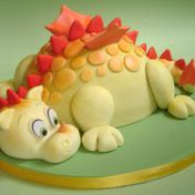 Baby Dragon birthday cake Thought it might work for a Dino Party Dragon Birthday Cakes, Dragon Cakes, Pretty Cakes, Cute Cakes, Dinosaur Cake, Dinosaur Party, Baby Dragon, Novelty Cakes, Cakes For Boys