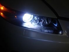 Mitsubishi Shogun MK3 55w ICE Blue Xenon High//Low//Slux LED Side Headlight Bulbs